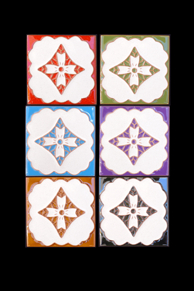 Tuiles peints avec des motifs de Madère.
